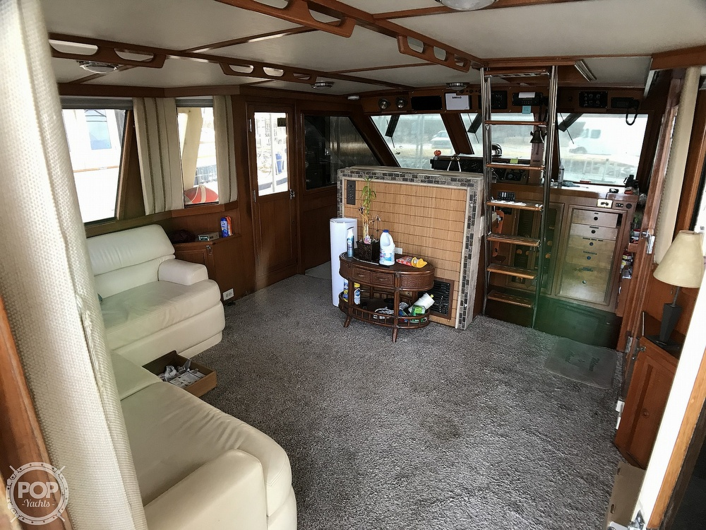 1987 Jefferson boat for sale, model of the boat is Monticello 52 & Image # 8 of 40