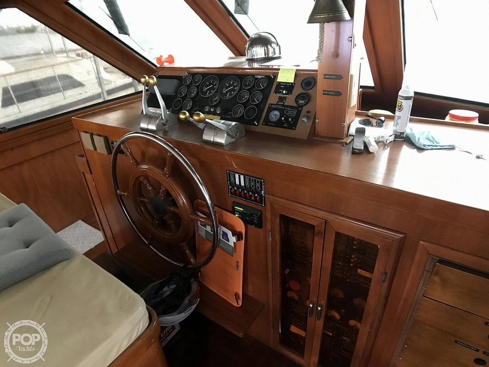 1987 Jefferson boat for sale, model of the boat is Monticello 52 & Image # 11 of 40