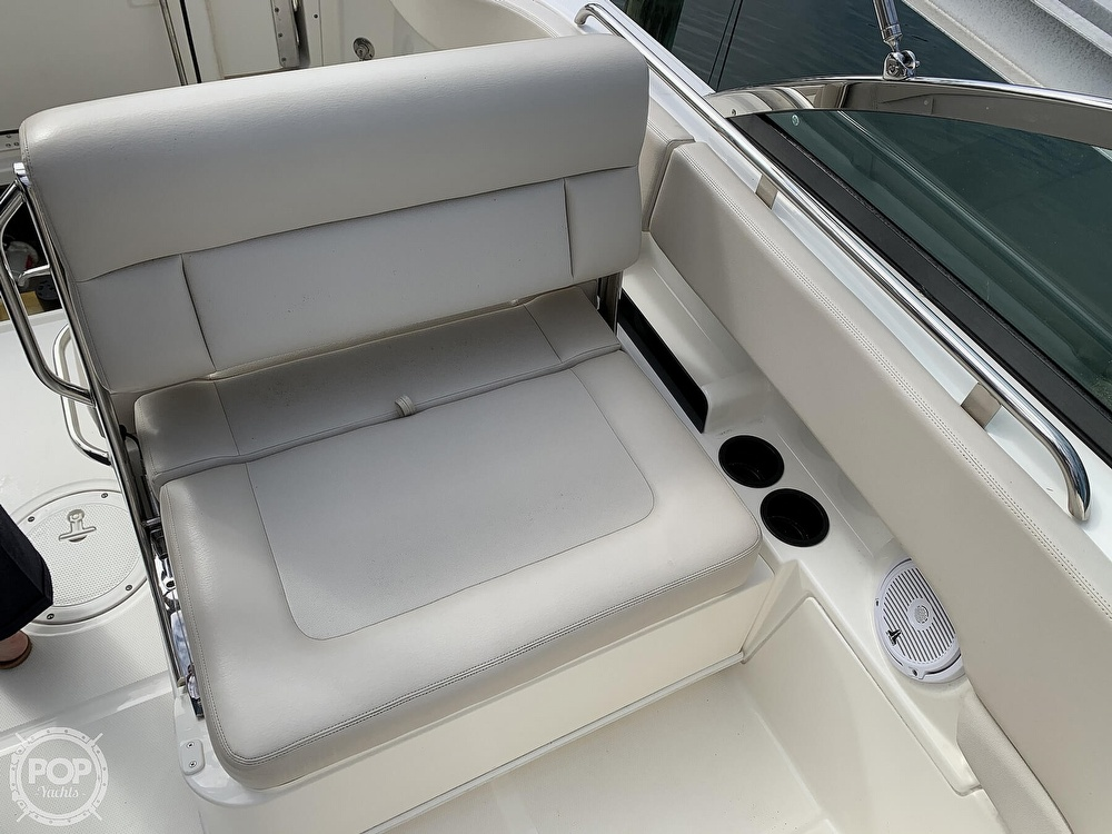 2015 Boston Whaler boat for sale, model of the boat is 230 Vantage & Image # 27 of 40