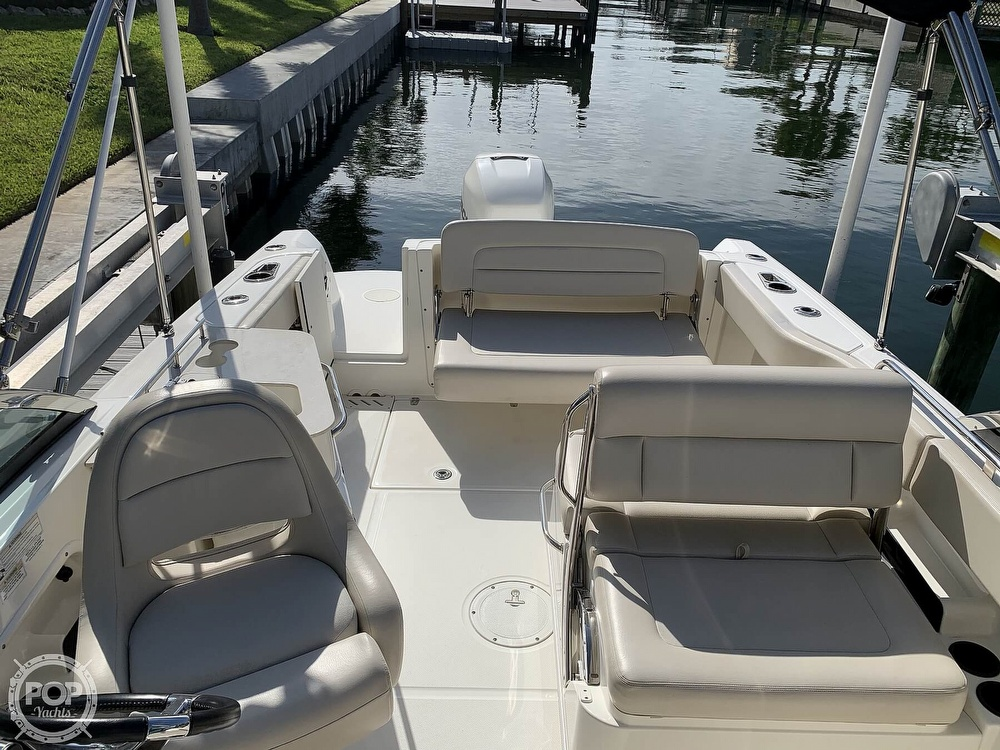 2015 Boston Whaler boat for sale, model of the boat is 230 Vantage & Image # 18 of 40