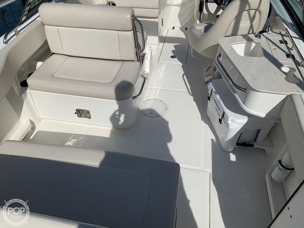 2015 Boston Whaler boat for sale, model of the boat is 230 Vantage & Image # 15 of 40