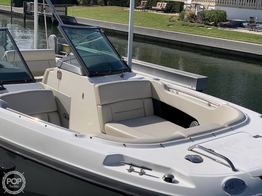 2015 Boston Whaler boat for sale, model of the boat is 230 Vantage & Image # 11 of 40