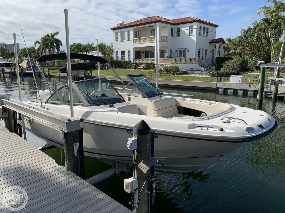2015 Boston Whaler boat for sale, model of the boat is 230 Vantage & Image # 7 of 40