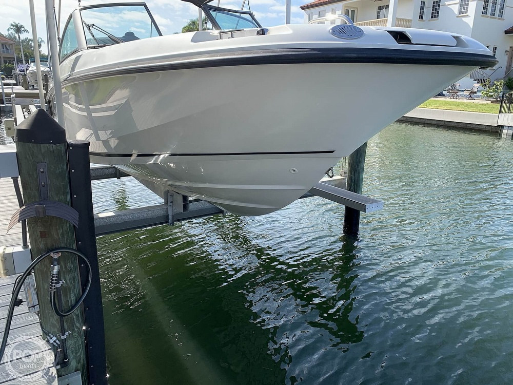 2015 Boston Whaler boat for sale, model of the boat is 230 Vantage & Image # 5 of 40