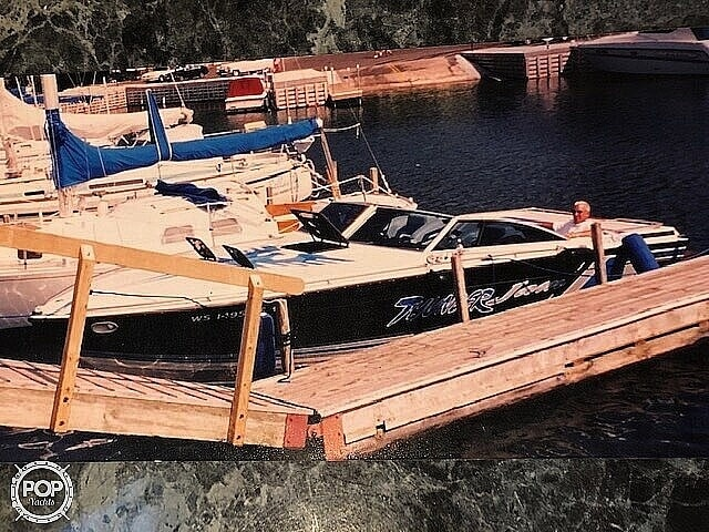 1984 Formula boat for sale, model of the boat is 272 LS & Image # 8 of 15