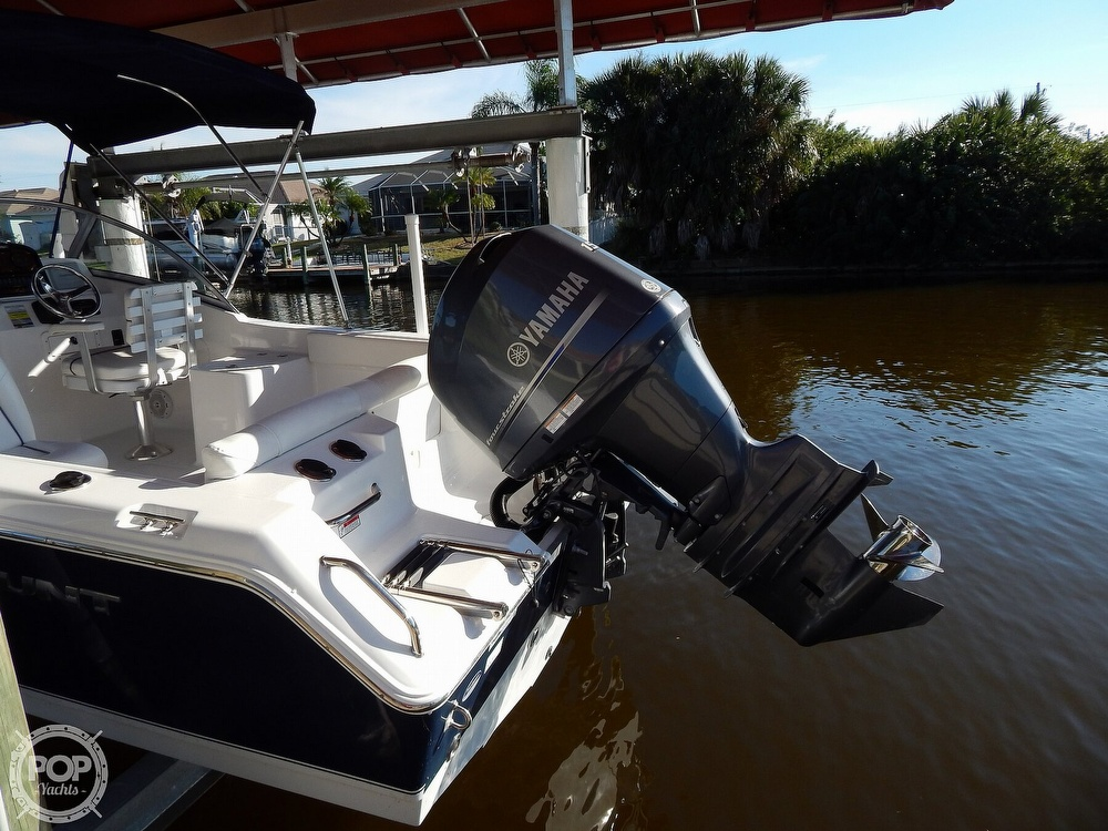 2015 Sea Hunt boat for sale, model of the boat is Escape 211 LE Dual Console & Image # 9 of 40