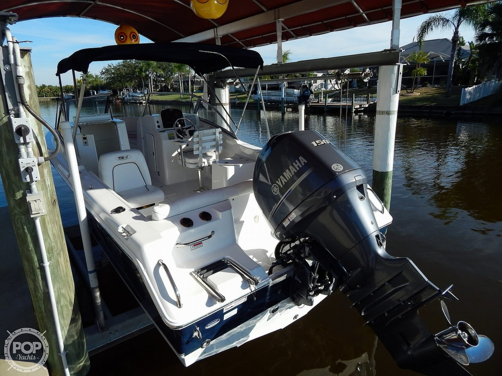 2015 Sea Hunt boat for sale, model of the boat is Escape 211 LE Dual Console & Image # 12 of 40