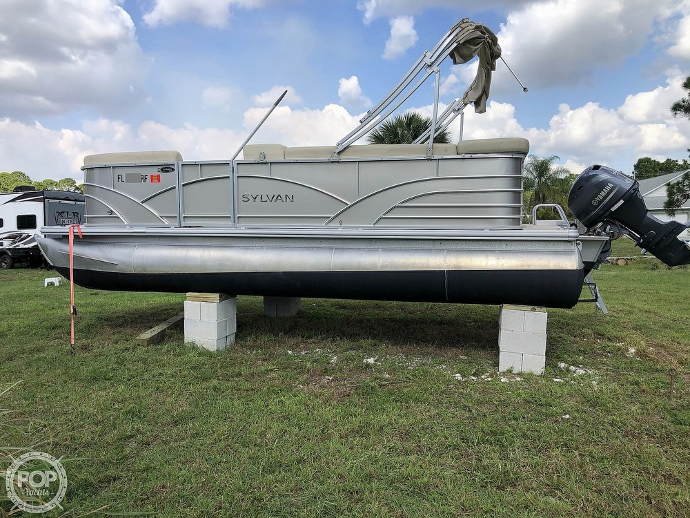 2017 Sylvan boat for sale, model of the boat is Mirage 820 & Image # 12 of 40