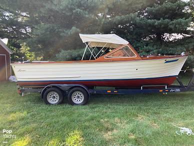 Lyman 21 Inboard-Outboard, 21, for sale in Kentucky - $17,750