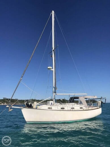 Island Packet 31, 31, for sale - $34,900