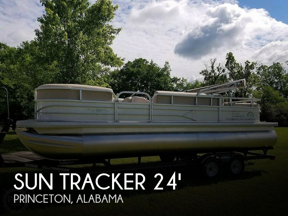 Used Pontoon Boats For Sale in Alabama by owner | 2017 Sun Tracker 24