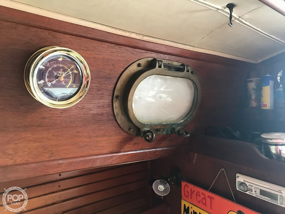1985 Pacific Seacraft boat for sale, model of the boat is Dana 24 & Image # 31 of 40