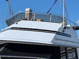 1989 Carver boat for sale, model of the boat is 32 & Image # 12 of 40
