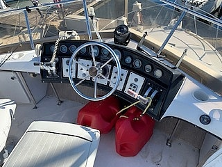 1989 Carver boat for sale, model of the boat is 32 & Image # 37 of 40