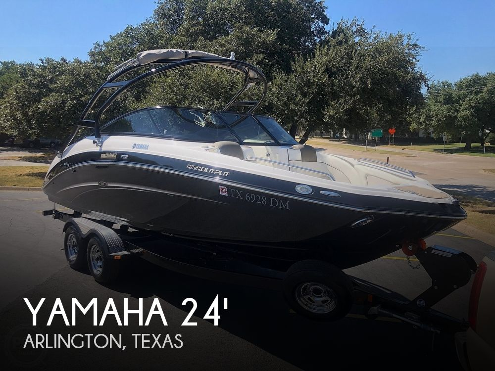 Used Yamaha Boats For Sale in Texas by owner | 2014 Yamaha 242 Limited S
