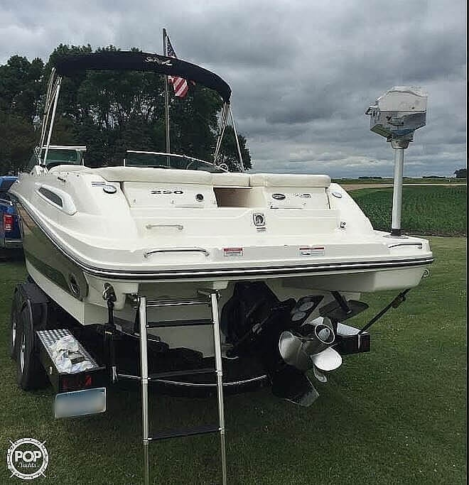2008 Sea Ray boat for sale, model of the boat is 250 SLX & Image # 6 of 14