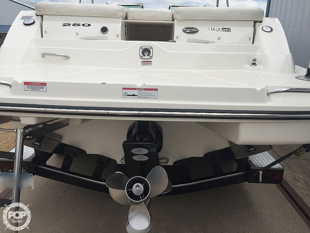 2008 Sea Ray boat for sale, model of the boat is 250 SLX & Image # 7 of 14