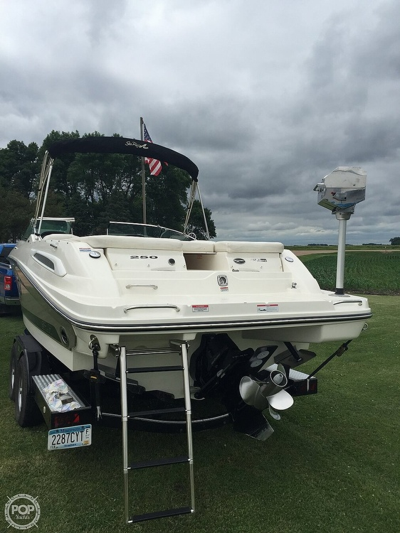 2008 Sea Ray boat for sale, model of the boat is 250 SLX & Image # 9 of 14