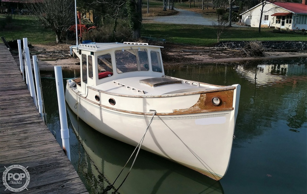 2002 Custom boat for sale, model of the boat is Pilothouse & Image # 38 of 40