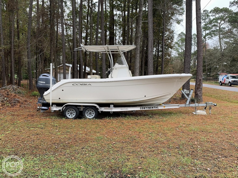 2017 Cobia boat for sale, model of the boat is 220CC & Image # 8 of 40