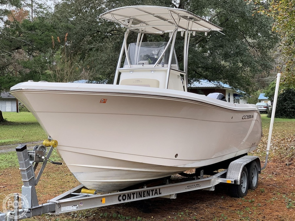 2017 Cobia boat for sale, model of the boat is 220CC & Image # 10 of 40