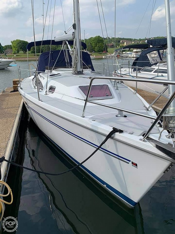 2007 Catalina Yachts boat for sale, model of the boat is 320 Mk II & Image # 4 of 40