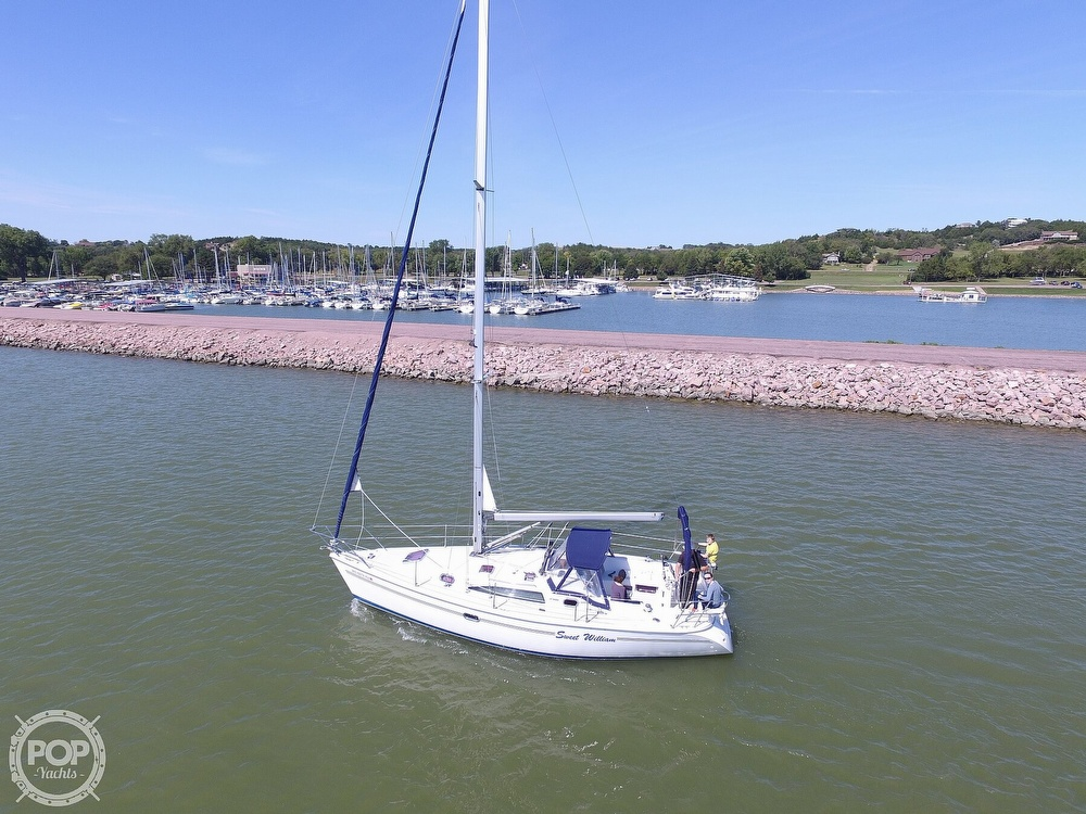 2007 Catalina Yachts boat for sale, model of the boat is 320 Mk II & Image # 39 of 40