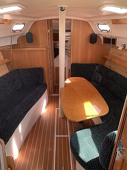 2007 Catalina Yachts boat for sale, model of the boat is 320 Mk II & Image # 11 of 40