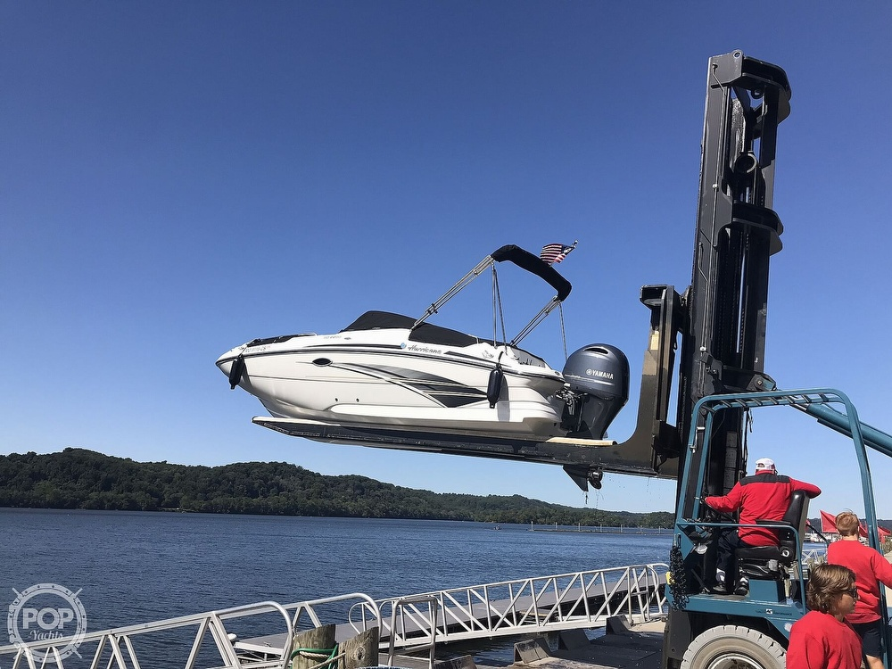 2019 Hurricane boat for sale, model of the boat is 2200 Sundeck & Image # 21 of 40