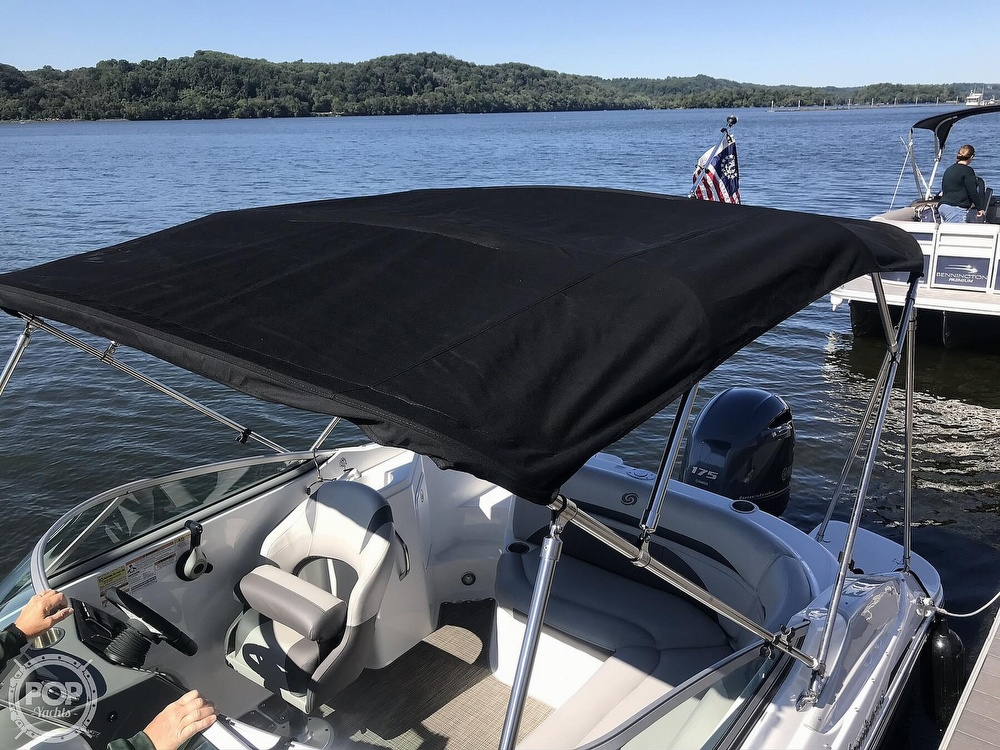 2019 Hurricane boat for sale, model of the boat is 2200 Sundeck & Image # 8 of 40