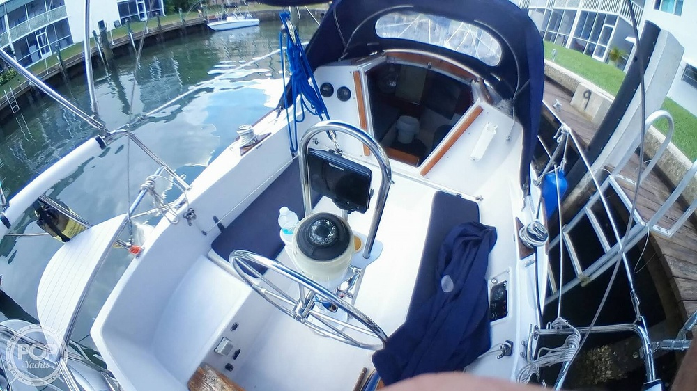 1999 Hake Yachts boat for sale, model of the boat is Seaward & Image # 2 of 40
