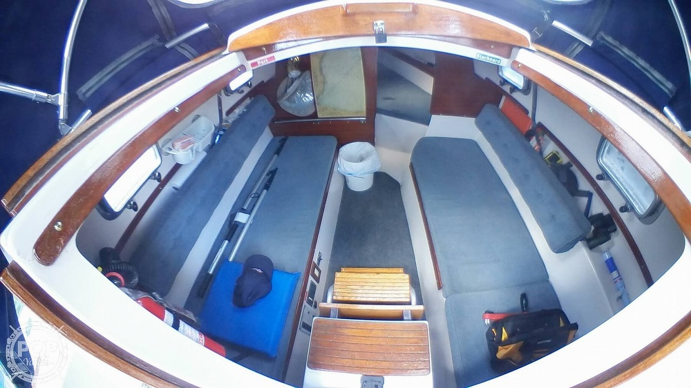 1999 Hake Yachts boat for sale, model of the boat is Seaward & Image # 3 of 40