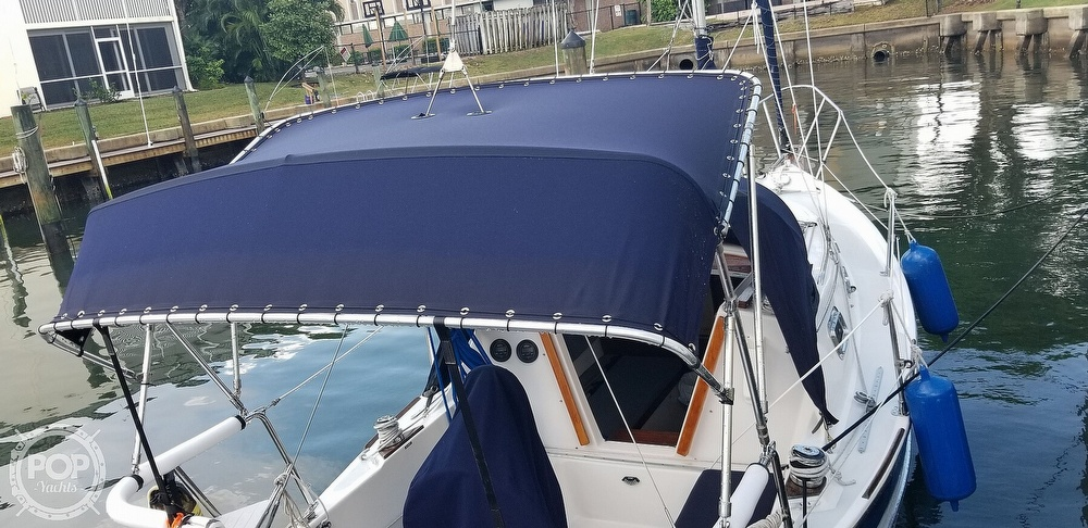 1999 Hake Yachts boat for sale, model of the boat is Seaward & Image # 24 of 40
