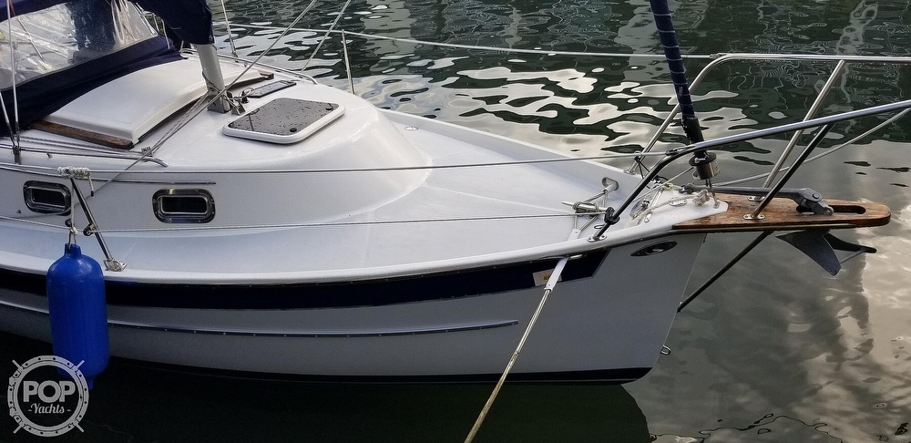 1999 Hake Yachts boat for sale, model of the boat is Seaward & Image # 15 of 40