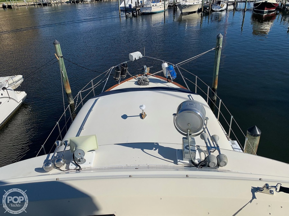 1973 Chris Craft boat for sale, model of the boat is 401 Commander & Image # 13 of 40