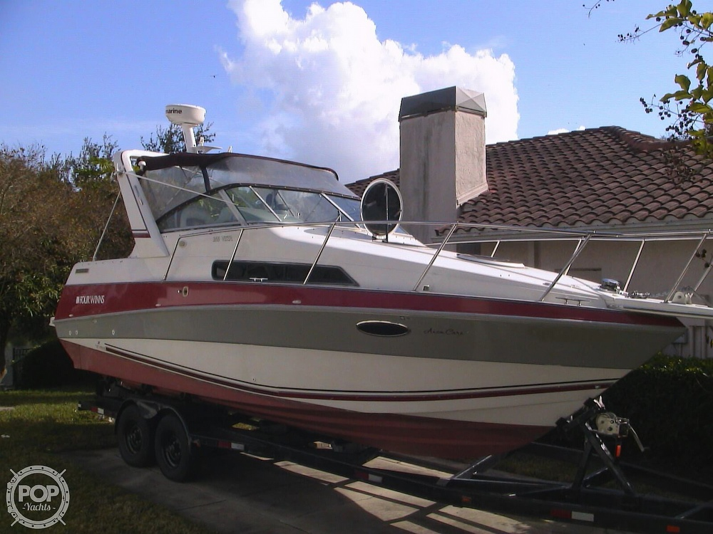 1991 Four Winns boat for sale, model of the boat is 265 Vista & Image # 7 of 40