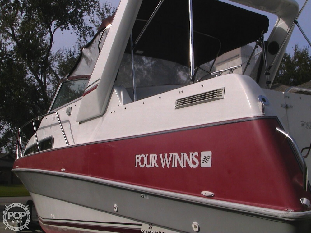1991 Four Winns boat for sale, model of the boat is 265 Vista & Image # 4 of 40