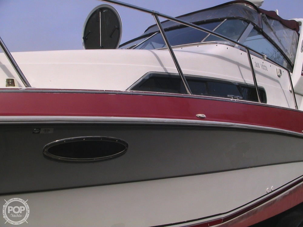1991 Four Winns boat for sale, model of the boat is 265 Vista & Image # 14 of 40