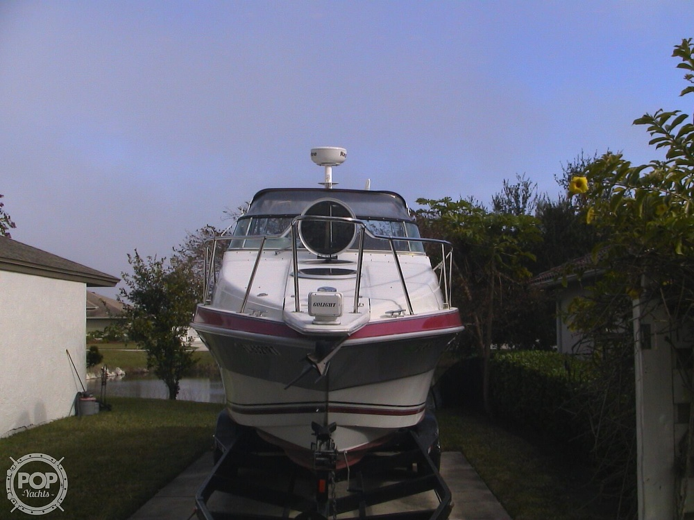 1991 Four Winns boat for sale, model of the boat is 265 Vista & Image # 15 of 40