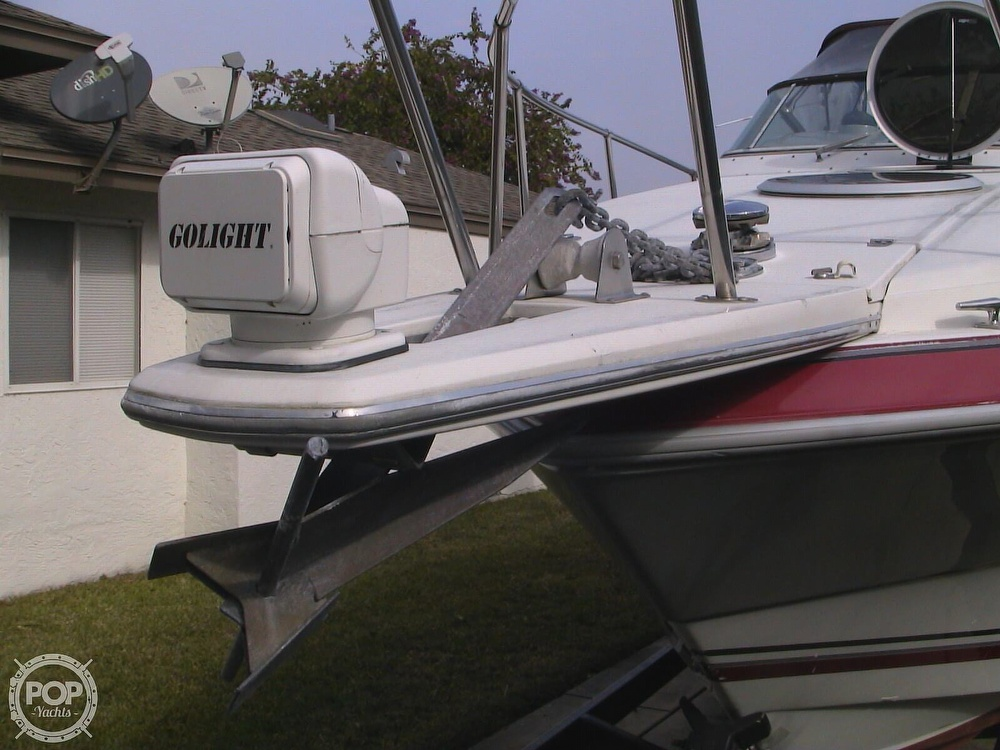 1991 Four Winns boat for sale, model of the boat is 265 Vista & Image # 18 of 40
