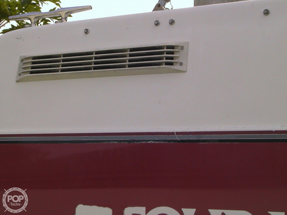 1991 Four Winns boat for sale, model of the boat is 265 Vista & Image # 26 of 40