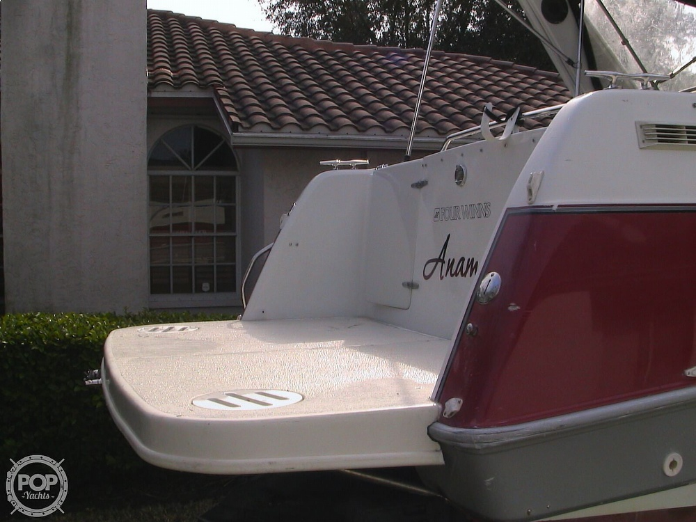 1991 Four Winns boat for sale, model of the boat is 265 Vista & Image # 29 of 40
