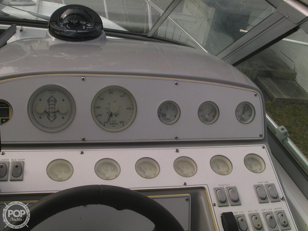 1991 Four Winns boat for sale, model of the boat is 265 Vista & Image # 36 of 40
