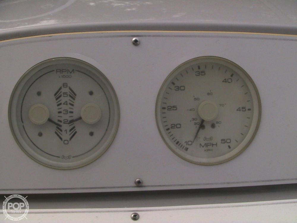 1991 Four Winns boat for sale, model of the boat is 265 Vista & Image # 37 of 40