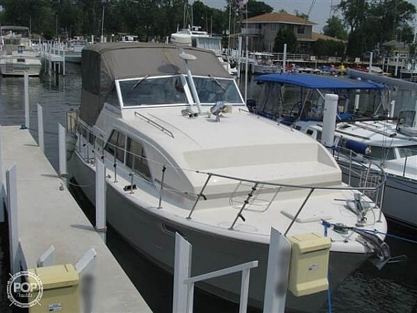 1979 Chris-Craft Catalina 350 - #$LI_INDEX