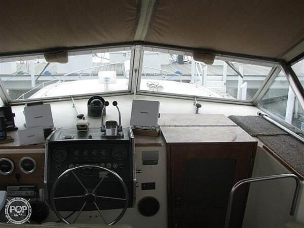 1979 Chris Craft boat for sale, model of the boat is Catalina 350 & Image # 7 of 12