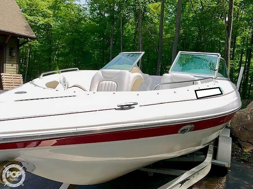 2005 Doral International boat for sale, model of the boat is Sunquest 210 & Image # 2 of 18