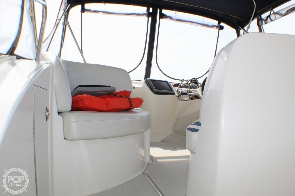 2005 Meridian boat for sale, model of the boat is 368 Aft Cabin & Image # 16 of 40