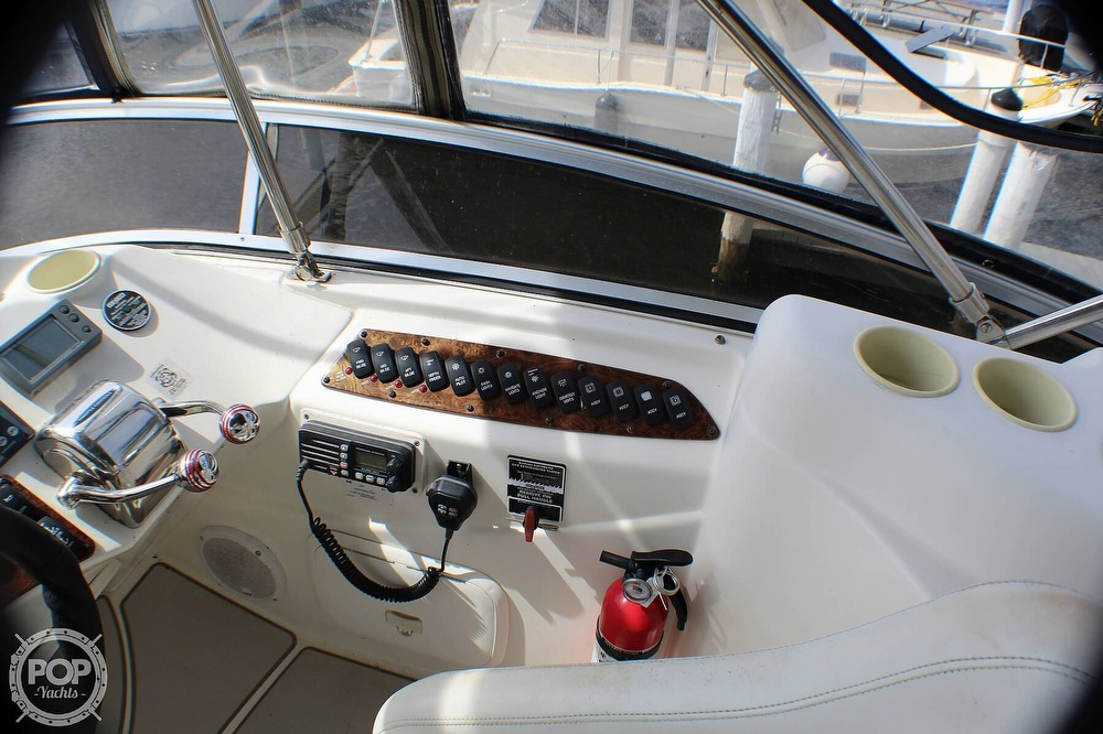 2005 Meridian boat for sale, model of the boat is 368 Aft Cabin & Image # 24 of 40