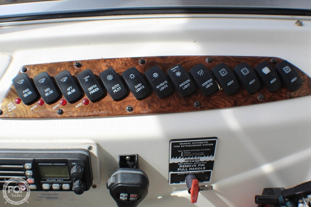 2005 Meridian boat for sale, model of the boat is 368 Aft Cabin & Image # 25 of 40
